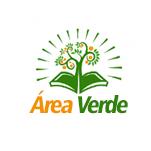 Escola com grande área verde em Manaus